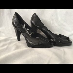 Women's BCB Girls scalloped Black Leather heels